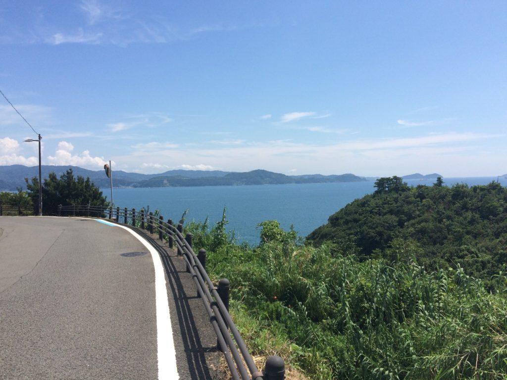 雑賀崎から海南市方面を望む