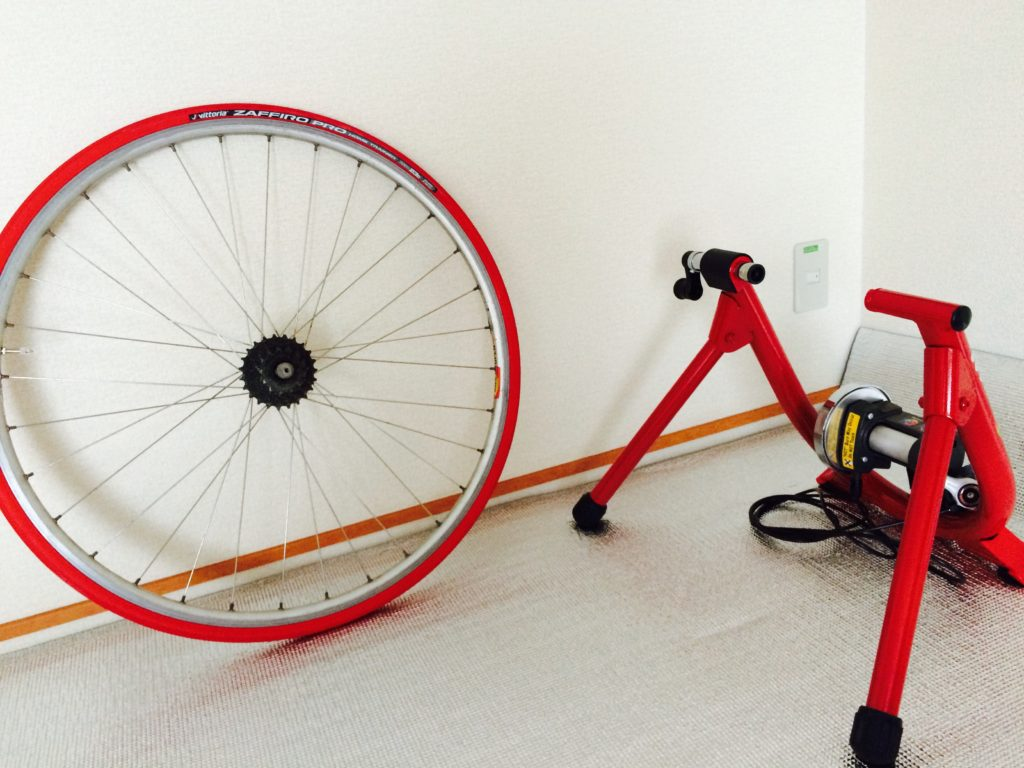 Vittoria(ビットリア) ZAFFIRO PRO HOME-TRAINER 700×23c FULL RED F-ZAH723-R