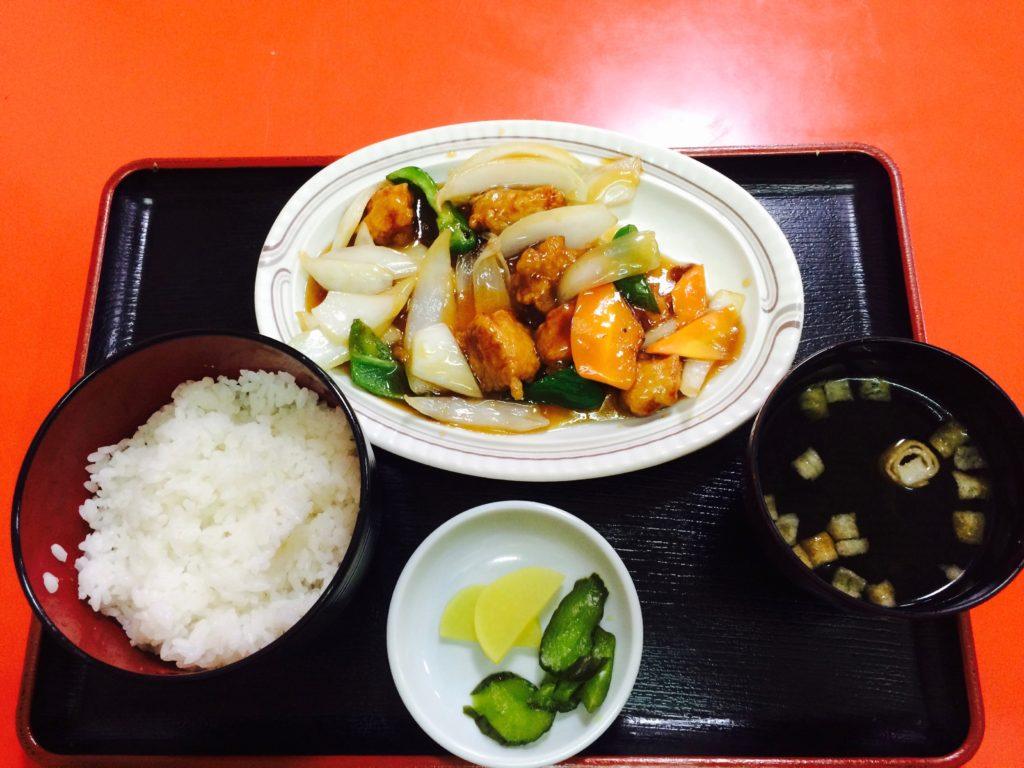 和歌山県高野山のミッチー中華飯店の酢豚定食