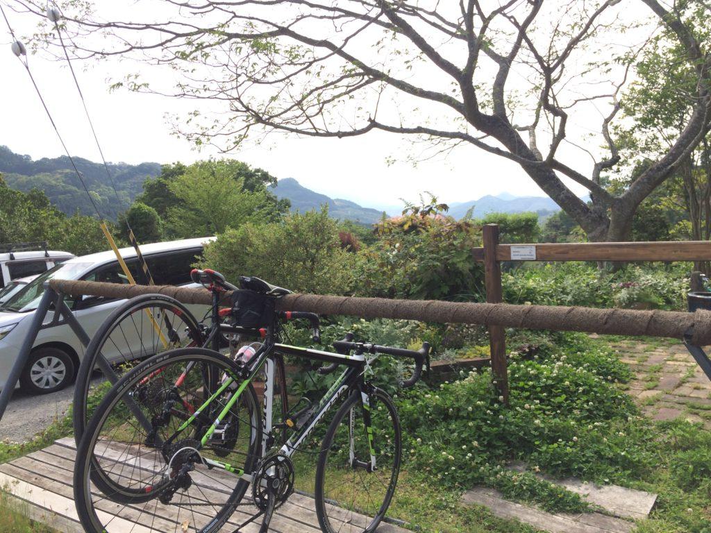 ドーシェルのサイクルラックにロードバイクをかける